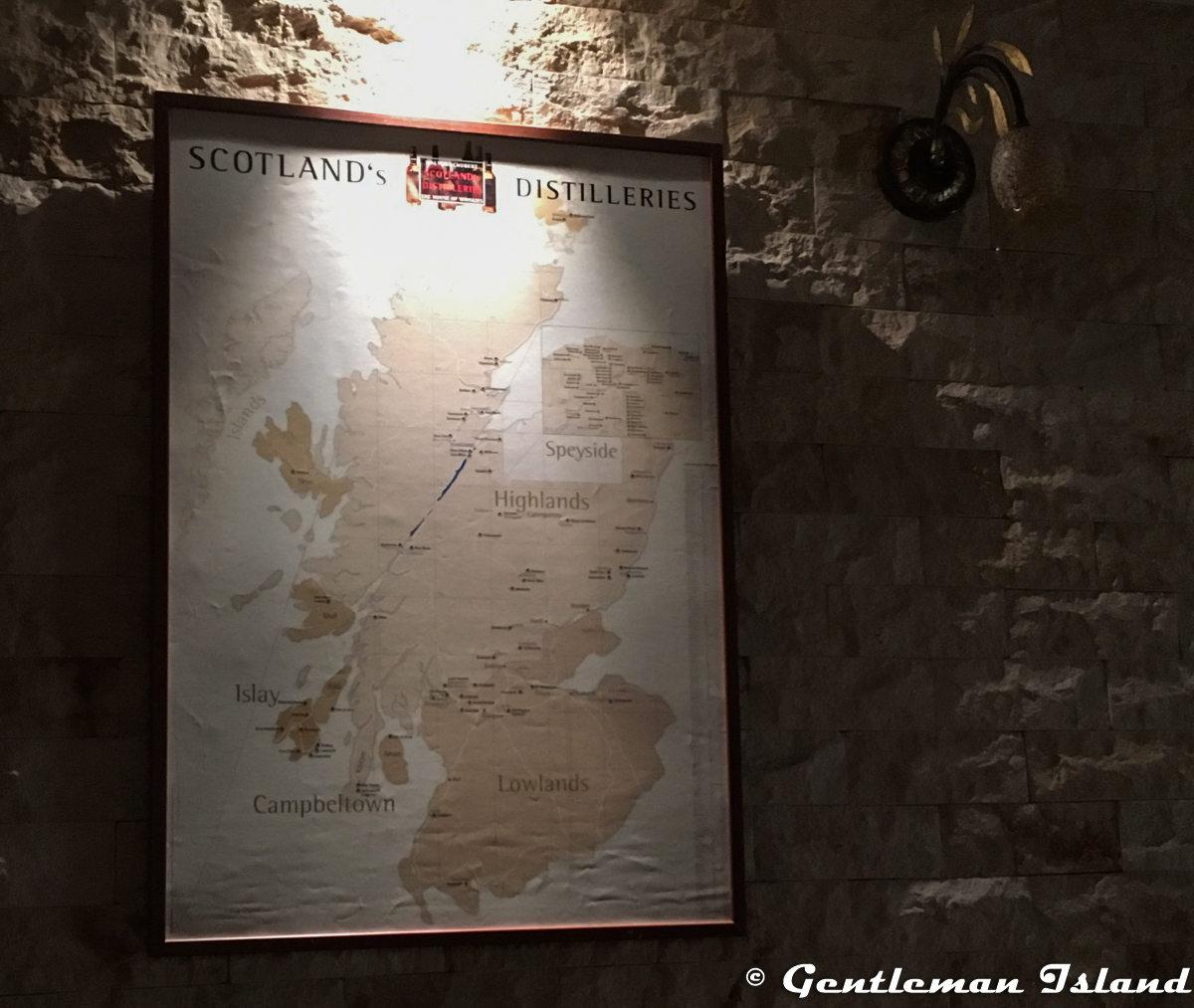 Mapa Škótska vo Whisky Bare 44