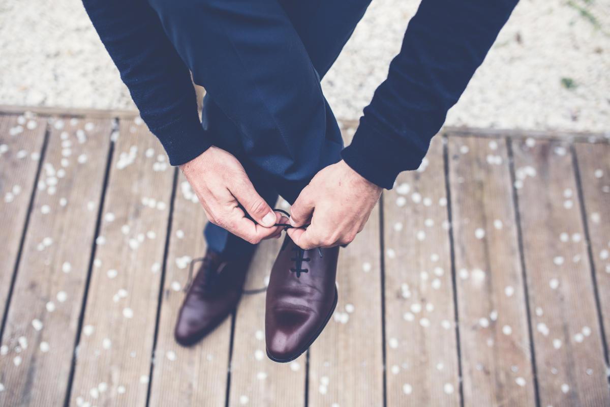 Cena topánok by mala tvoriť polovicu z celkovej ceny toho, čo máte na sebe